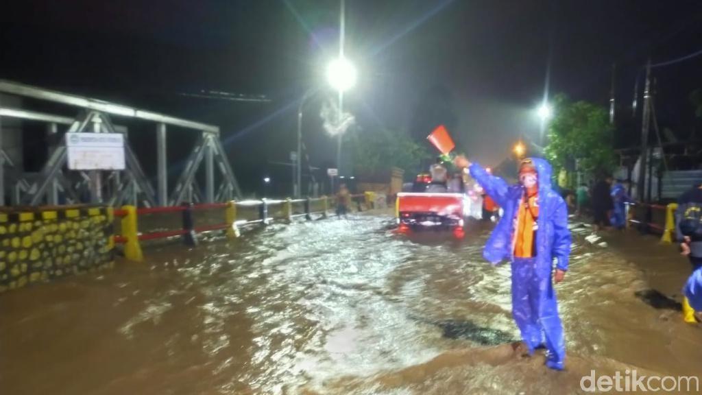 Banjir Kembali Rendam Pantura Kota Pasuruan, Jalur Dialihkan