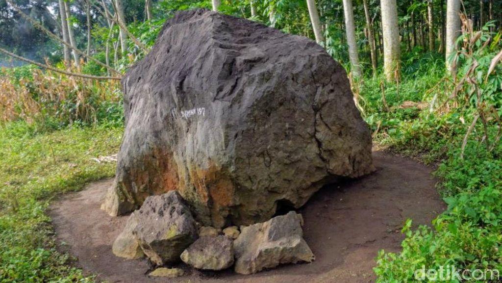 Batu Dolmen di Bondowoso Kerap Jadi Tempat Cari Benda Gaib, Tapi Selalu Gagal