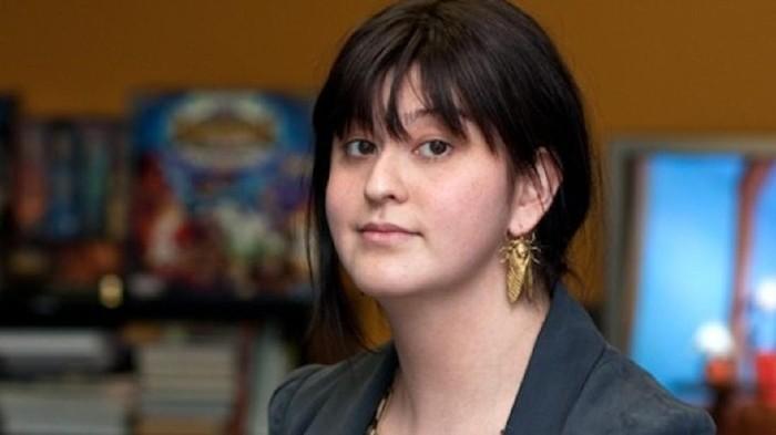 Kim Swift Developer Game Terpopuler. Sosok di balik game Star Wars Battlefront II, Portal, Left 4 Dead, dll.