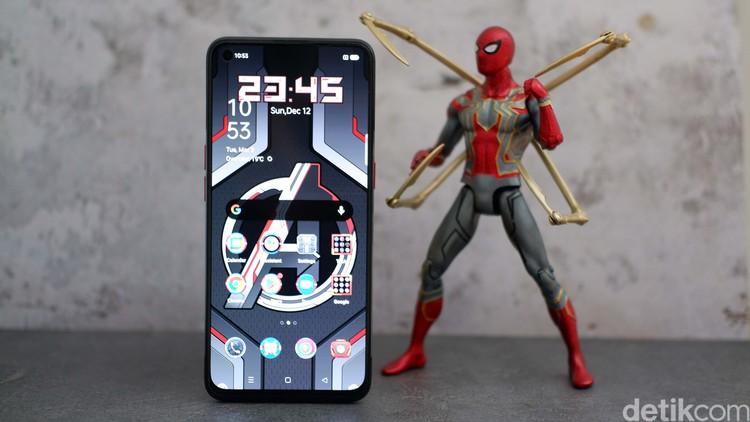 Oppo Reno5 Marvel Avengers Edition