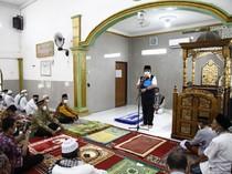 Gubernur Sumsel Ingatkan Pentingnya Vaksin ke Jemaah Masjid di Lima Ulu