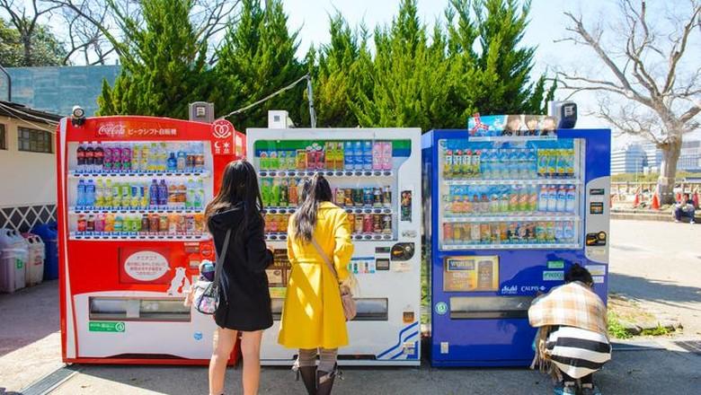 sejarah vending machine di Jepang. ternyata sudah ada sejak tahun 1888 lho!