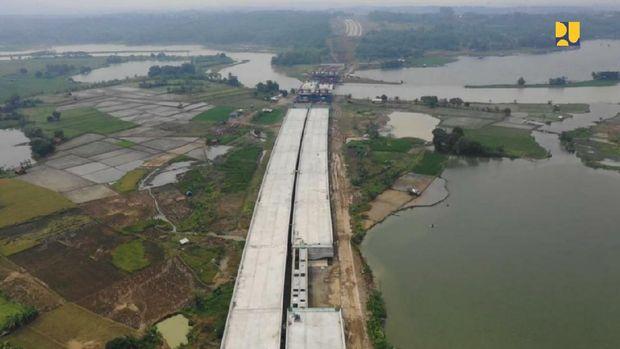 Tol Jakarta – Cikampek II Selatan Seksi 3 (Taman Mekar – Sadang). (Dok. Kementerian PUPR)