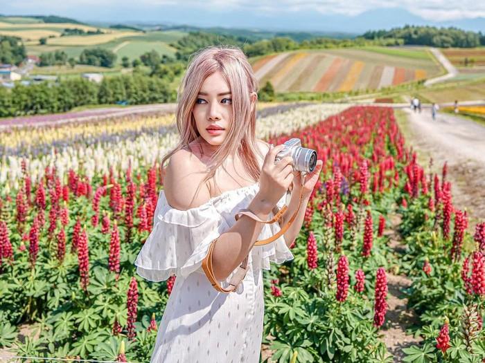 Travel influencer Stella Lee bisnis filter preset.