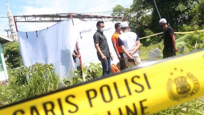 Ungkap Kasus Pembunuhan Pria di NTB, Polisi Makam Korban