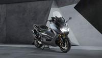 Yamaha TMAX Edisi Ultah Ke-20