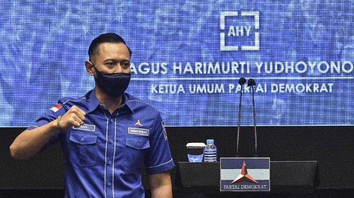 Ketum Partai Demokrat Agus Harimurti Yudhoyono berencana sambangi Kemenkum HAM. Kedatangannya untuk sampaikan sikap Partai Demokrat terkait hasil KLB di Sumut.