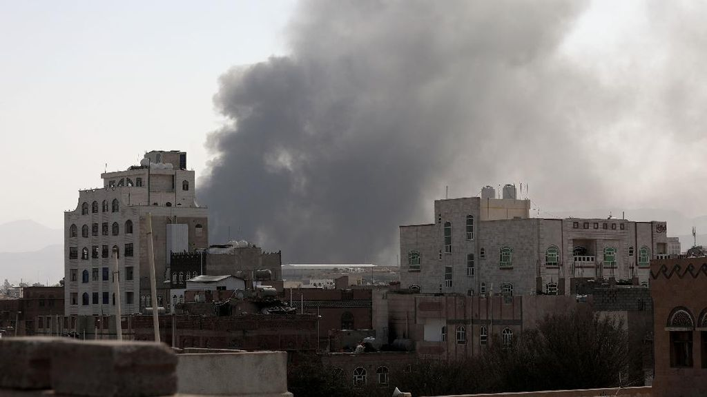 Balas Serangan Houthi, Koalisi Arab Saudi Gempur Yaman