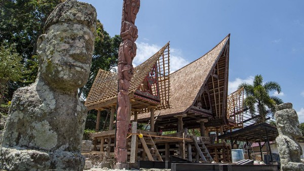 Selain Danau Toba, ada empat destinasi wisata super prioritas yang menjadi fokus Kemenparekraf yaitu, Likupang, Borobudur, Mandalika, dan Labuan Bajo.
