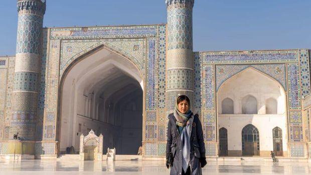 Fatima, Guide Perempuan Pertama dan Satu-satunya di Tanah Konflik Afghanistan