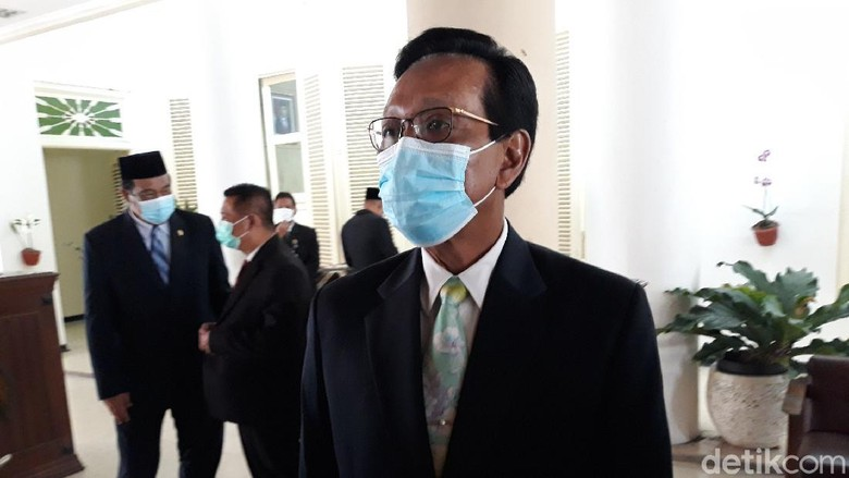 Gubernur DIY Sri Sultan Hamengku Buwono (HB) X