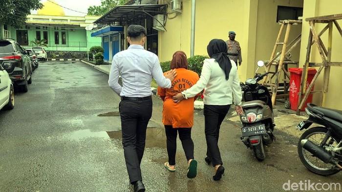 Ibu Tiri Aniaya Anak di Sukabumi
