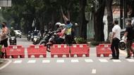 Jalan Depan Gedung KPU Ditutup Jelang Kedatangan Massa AHY