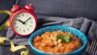 Jam Makan Saat Diet hingga Tips Emak-emak Melumerkan Daging 5 Menit