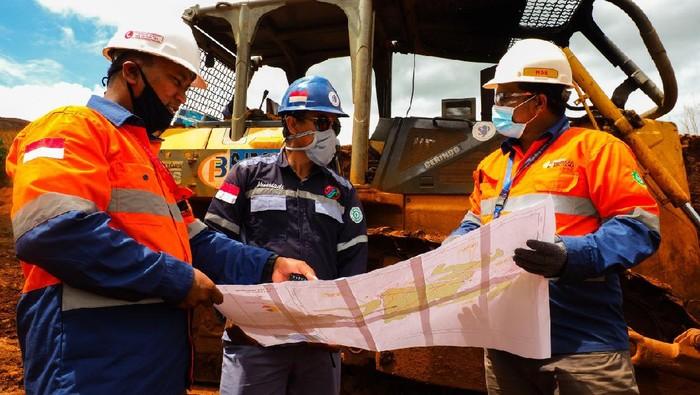 Usai ditetapkan masuk dalam Program Pembangunan Smelter sebagai salah satu Proyek Strategis nasional (PSN), PT Ceria Nugraha Indotama (CNI) terus bergerak cepat membangun pabrik bijih nikel di Kabupaten Kolaka, Sulawesi Tenggara.