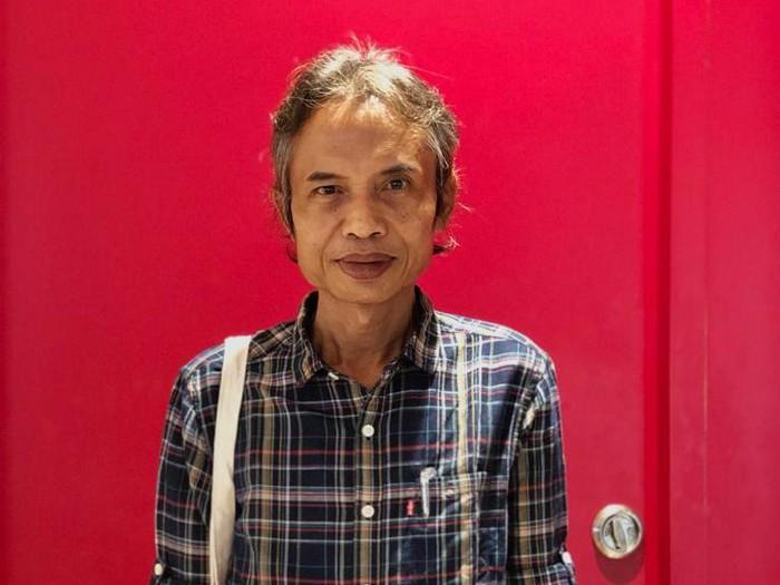 Buku Puisi Joko Pinurbo Sepotong Hati di Angkringan