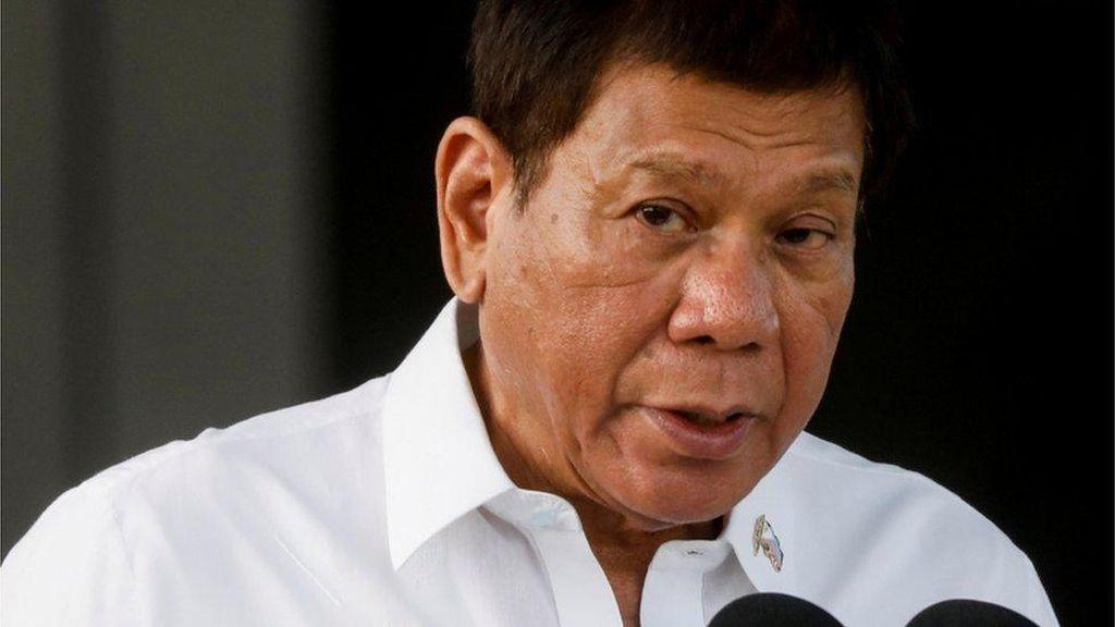 Duterte Perintahkan Tangkap Orang yang Pakai Masker Asal-asalan