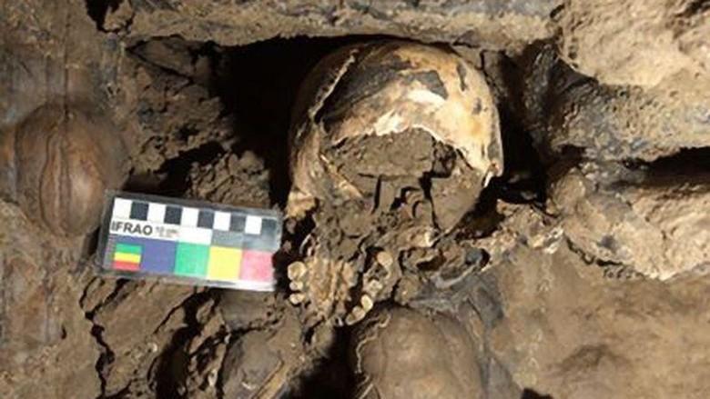 Tengkorak Wanita 5.300 Tahun ditemukan di gua terpencil Italia