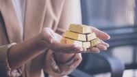 Kamu Mau Mulai Investasi Emas? Baca Dulu 3 Tips Ini Biar Aman