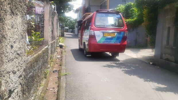 Jl Aselih disebut Dishub Jaksel sebagai jalur alternatif untuk menghindari kemacetan di Jl Moh Kahfi 1.
