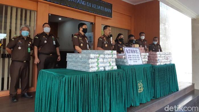 Kejati Banten Rilis Kasus Penipuan Internasional