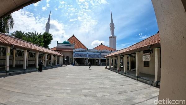 Masjid Luar Batang di Penjaringan, Jakarta Utara dikatakan Anies akan menjadi salah satu destinasi wisata religi di pesisir. (Andhika/detikcom)