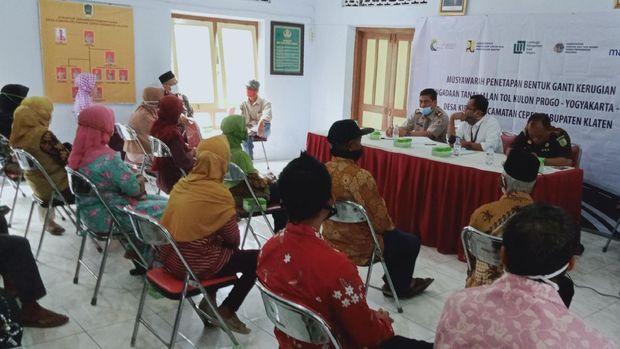 Musyawarah penetapan ganti rugi proyek jalan tol Yogyakarta-Solo di Desa Kuncen Kecamatan Ceper hari ini