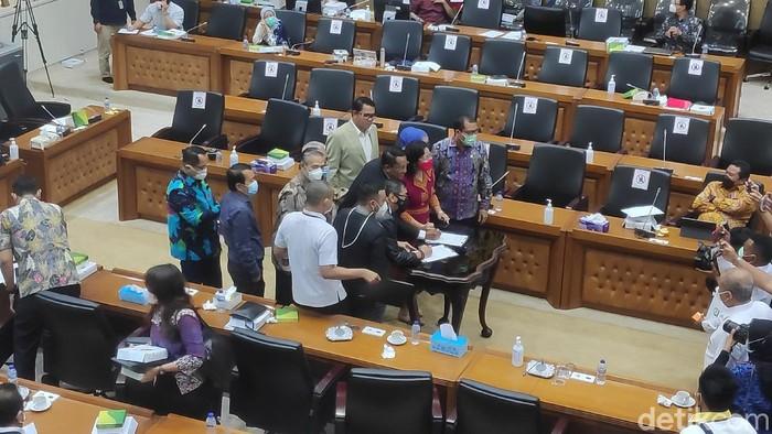 Pemerintah dan DPR sepakat mendrop RUU Pemilu dari Prolegnas 2021 (Matius Alfons/detikcom).