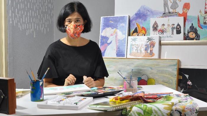 Pemilik Kamalika Artprints, Winarti Handayani