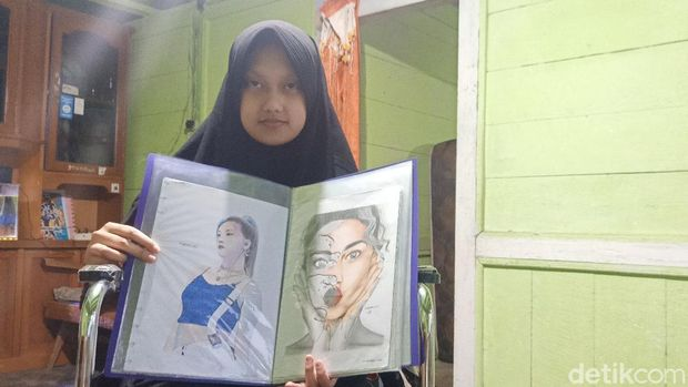 Rahma, gadis difabel asal Banjarnegara yang jago melukis