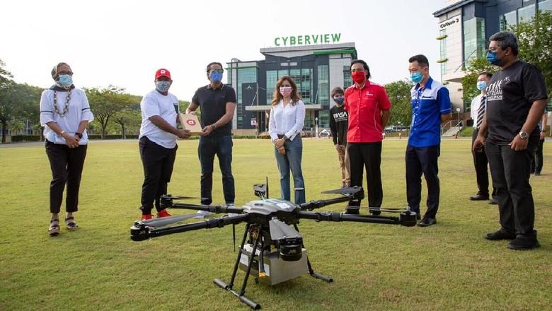 Maskapai asal Malaysia, AirAsia tengah mempersiapkan taksi udara dan layanan pengiriman paket menggunakan drone.