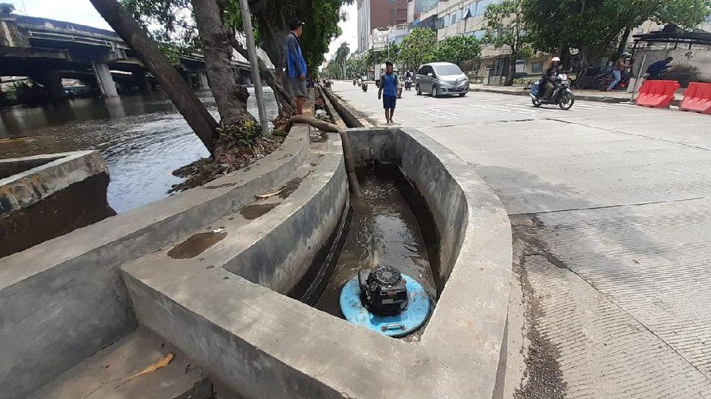 Kolam Olakan untuk Atasi Banjir Jl RE Martadinata Ancol Selesai Akhir Bulan
