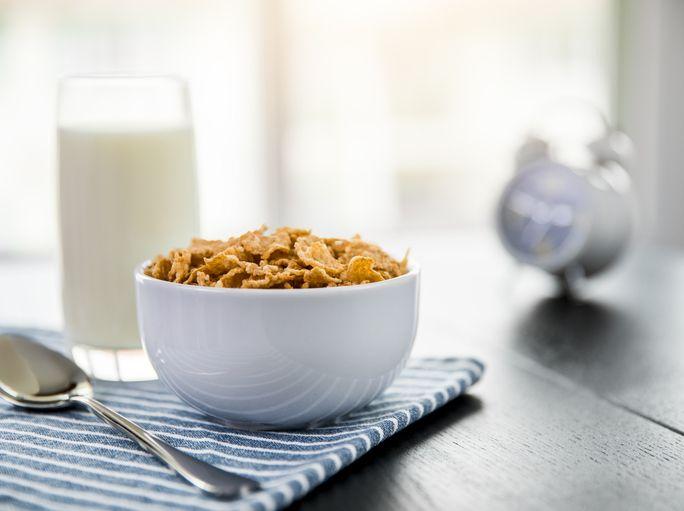 7 Panduan Porsi yang Tepat dalam Mengonsumsi Sereal hingga Dada Ayam