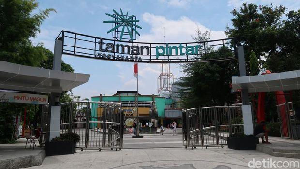 Bus Gratis Taman Pintar Yogyakarta