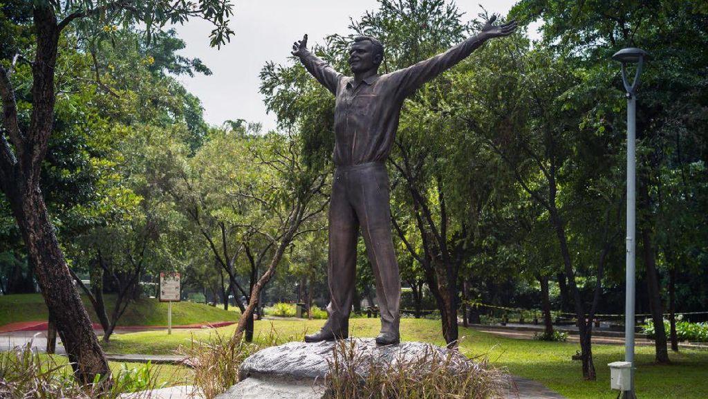 Patung Yuri Gagarin Berdiri di Jaksel, Ada Warga yang Tak Mengenali