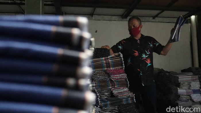 Pengusaha Tekstil dan Sarung Majalaya Menjerit