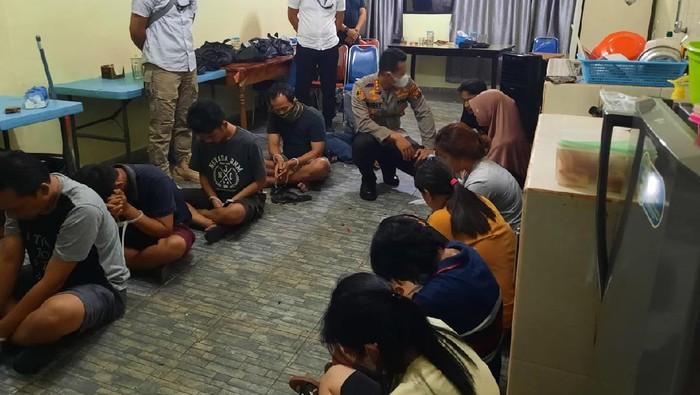 Polisi Gerebek Lokasi Judi Online Togel di Jambi