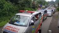 Rombongan Ambulans Angkut Pasien Corona Klaster Senam di Tasik