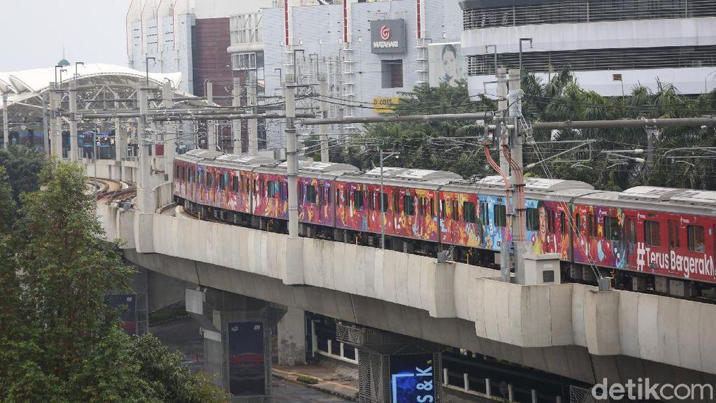 Imbas PPKM Darurat, Jumlah Penumpang MRT Anjlok 90%