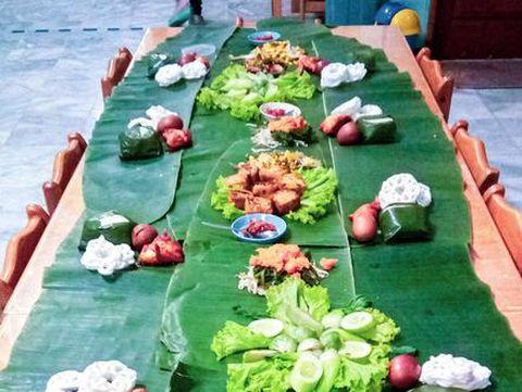 5 Tradisi Kirab dan Makan Bersama untuk Peringati hari Isra Miraj