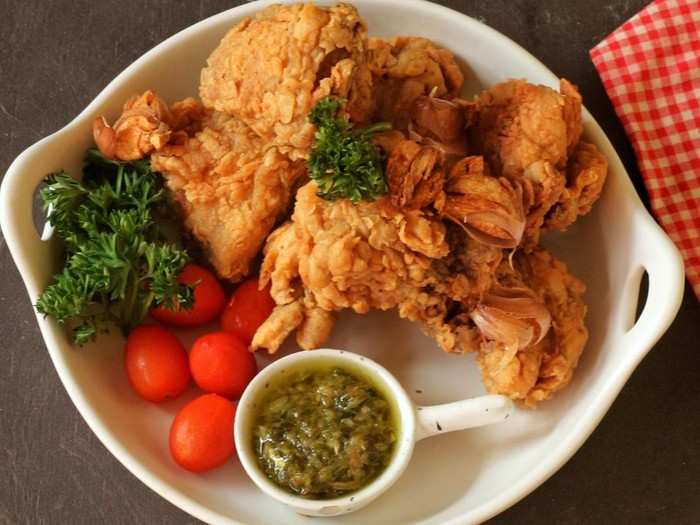 Ayam Goreng Bawang Putih