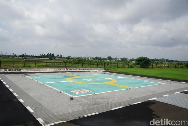 Adapun luas lahannya 3 hektar dengan 7 parkir area dan berkapasitas 40 helikopter.