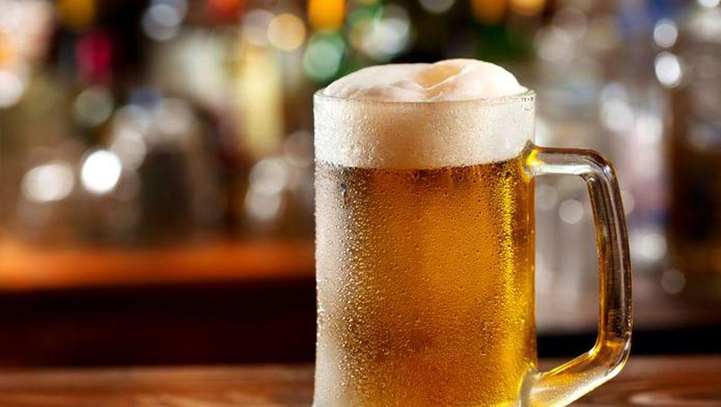 Godok RUU Minuman Alkohol, Anggota DPR Minta Larangan Diganti Pengaturan