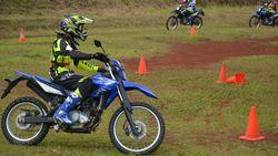 Menguji Ketangguhan Yamaha WR 155 R di Dunianya: Main Tanah dan Terabasan di Bogor