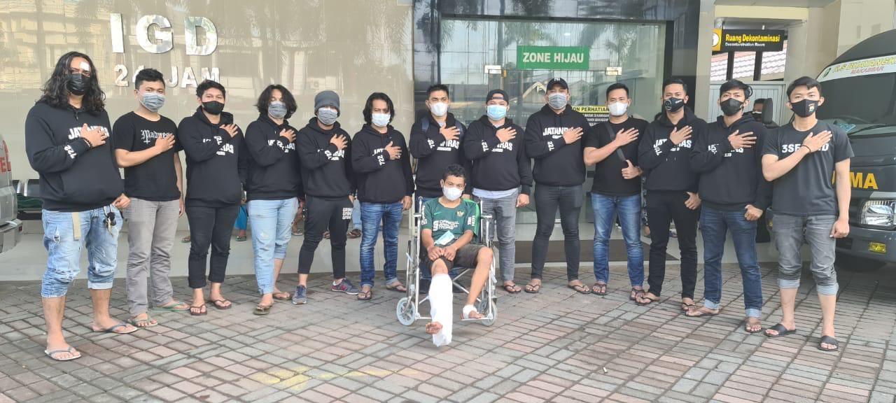 Polrestabes Makassar menangkap Mandra (37) pelaku jambret emas ibu-ibu yang videonya sempat viral. Ternyata Mandra pelaku kejahatan lain. (Dok Polrestabes Makassar)