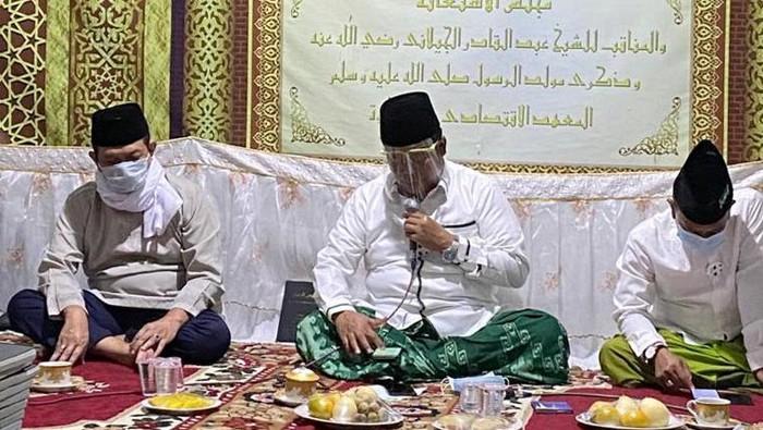Wakil Presiden RI, KH Maruf Amin turut membuat terobosan nasional pengumpulan wakaf tunai melalui edukasi yang benar dan dukungan dari semua pihak. Salah satunya lewat kiswah Babussalam untuk sukseskan gerakan wakaf tunai.