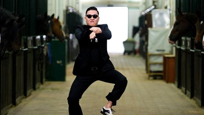 YouTube dikunjungi begitu banyak orang setiap harinya. Di dalam platform streaming ini, ada berbagai genre video yang dicari mulai dari musik sampai film pendek.  Gangnam Style - Psy mendapatkan views tinggi dan termasuk paling populer sepanjang masa dengan total views mencapai 4 miliar views.