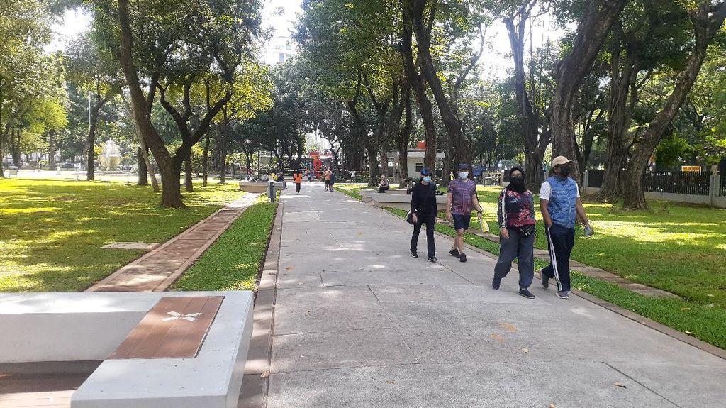 Taman Lapangan Banteng Dibuka Lagi, Warga yang Olahraga Didata