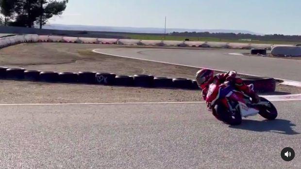 Marquez Geber Motor Mini Setelah Lama Tak Naik Motor karena Cedera