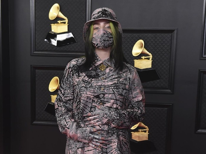 Billie Eilish arrives at the 63rd annual Grammy Awards at the Los Angeles Convention Center on Sunday, March 14, 2021. (Photo by Jordan Strauss/Invision/AP)